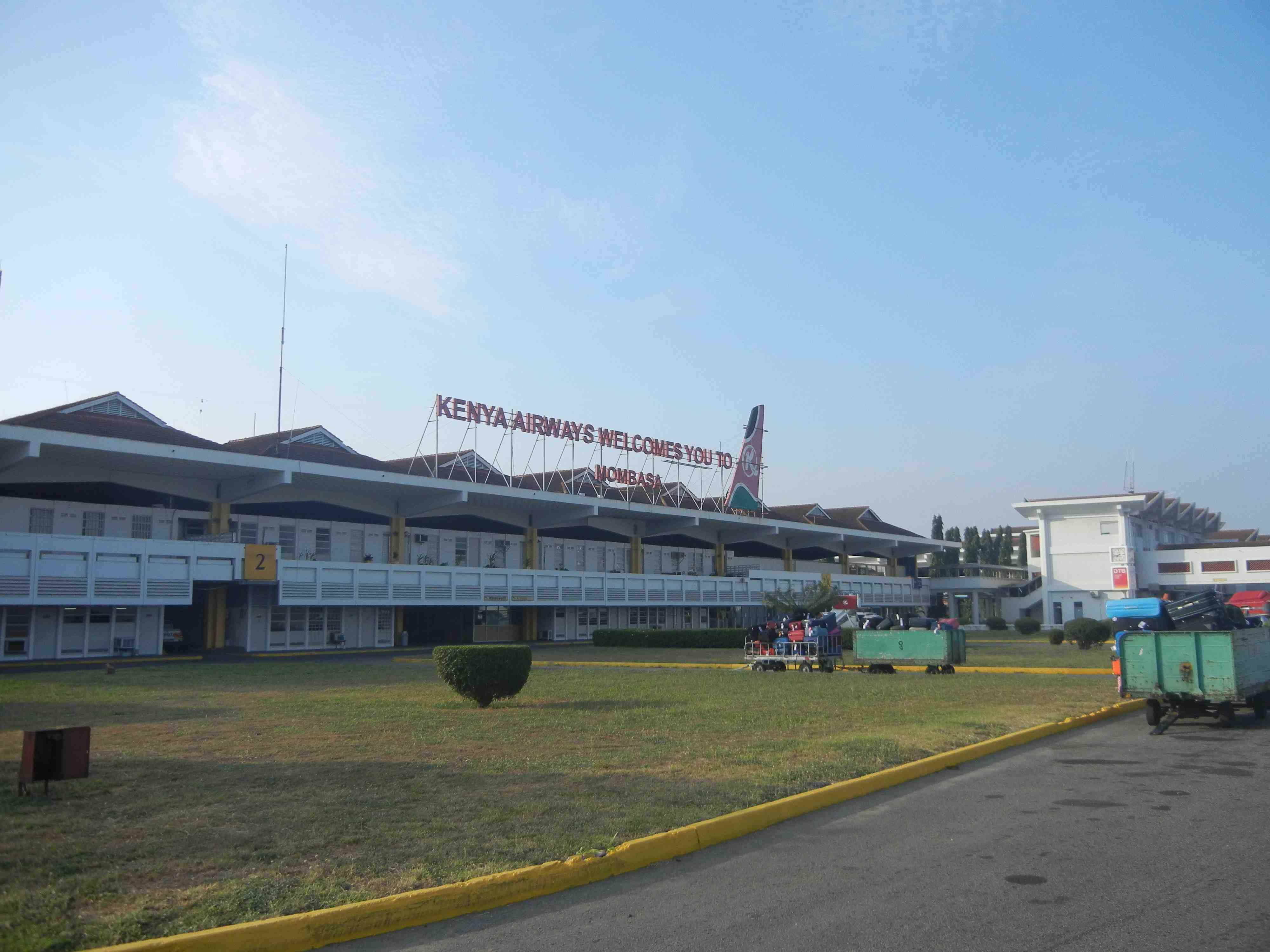 Aeroporto Kenya : Una settimana in kenya: mare safari e giornata al parco marino io