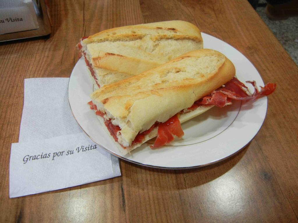 panino col prosciutto a madrid si chiama bocadillo con hamon