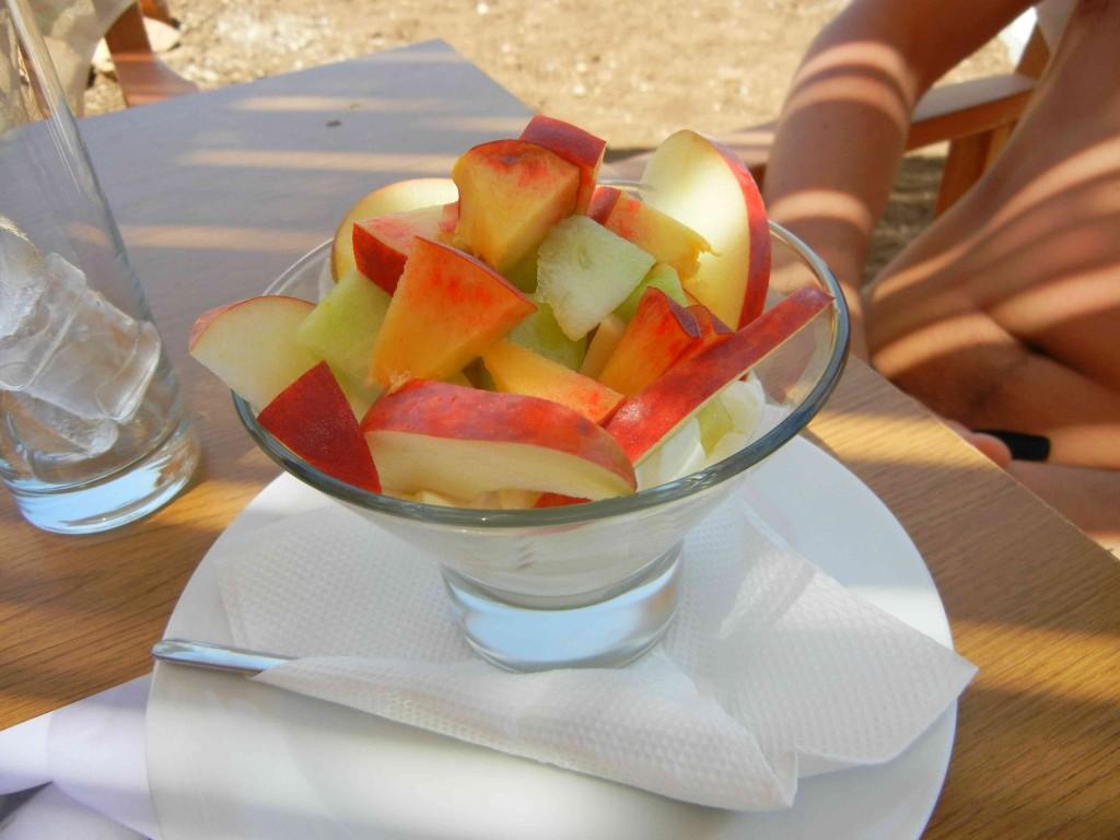 Ma che buono lo tzatziki e l 39 insalata greca di cefalonia for Yogurt greco land