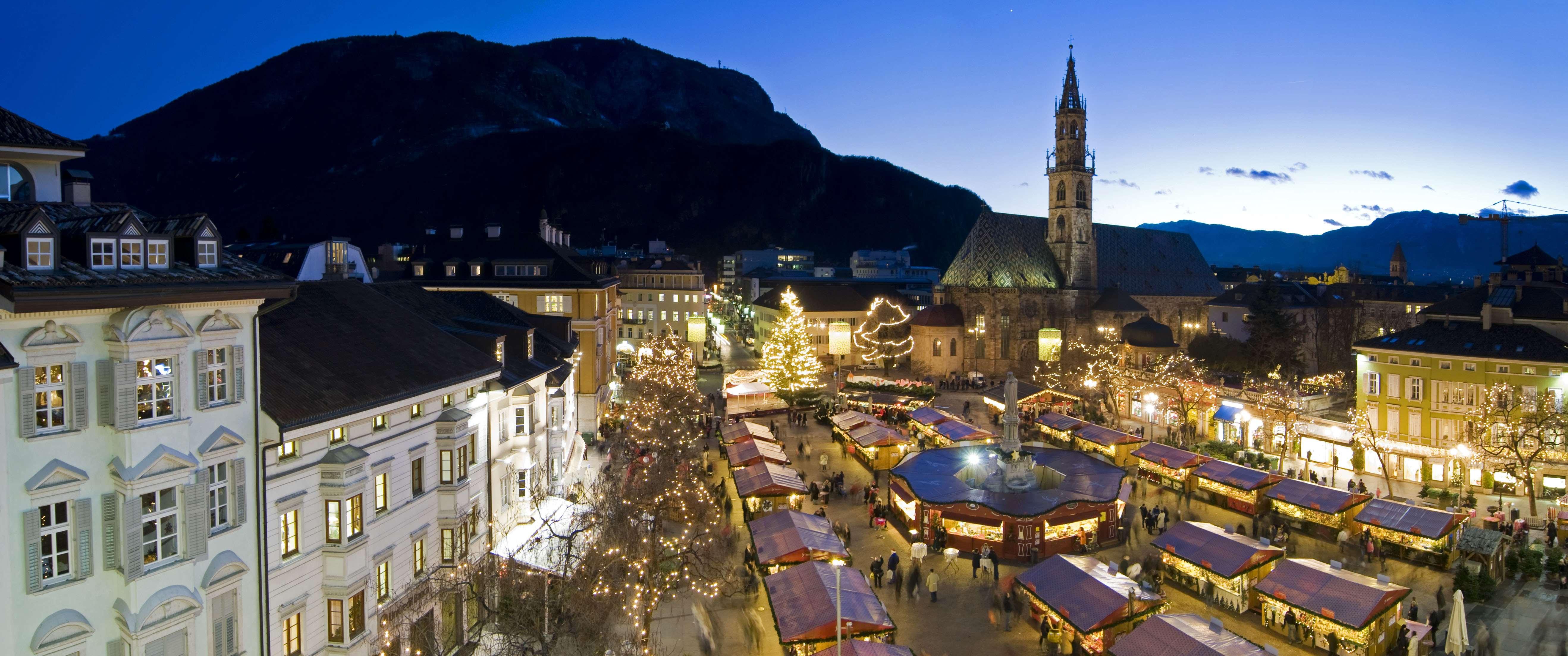 I mercatini di natale a bolzano in alto adige da 22 anni for Hotel a bressanone centro storico