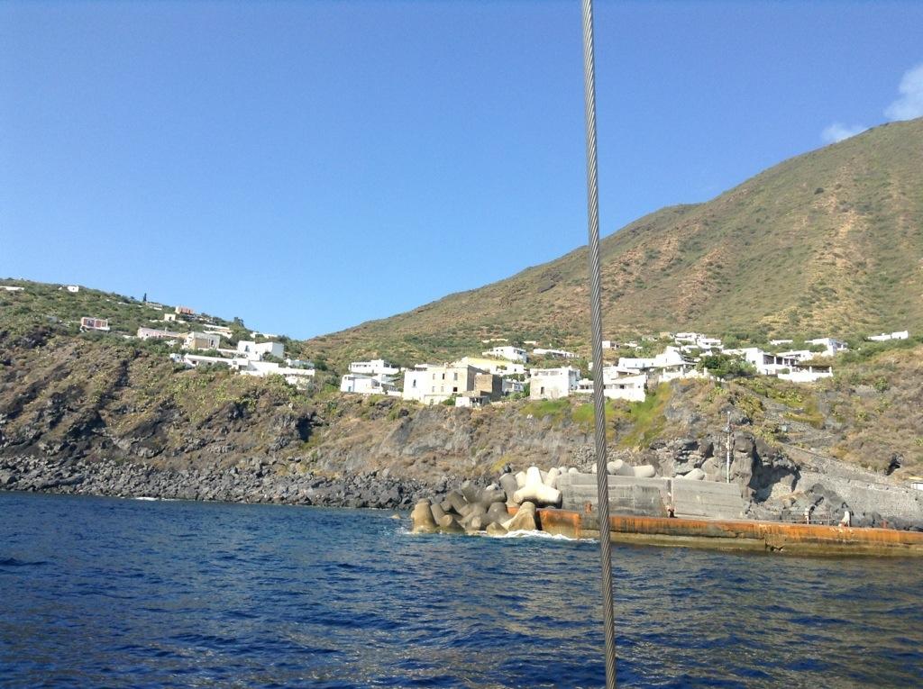Centri abitati di Stromboli: Ginostra