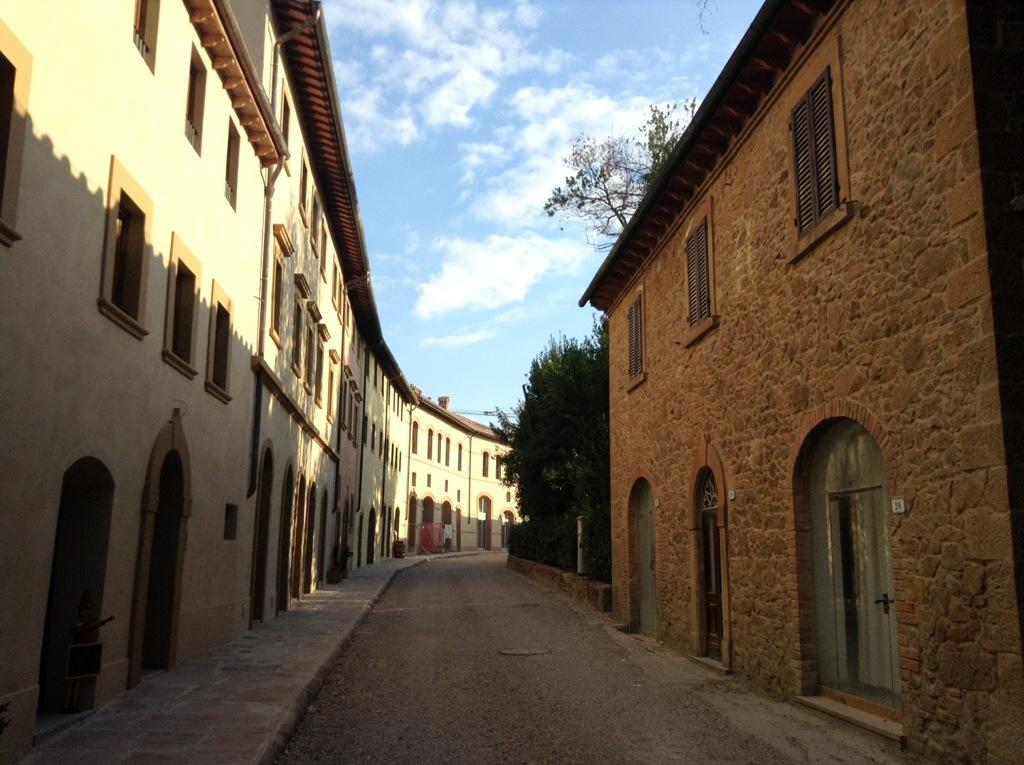 borgo di castelfalfi