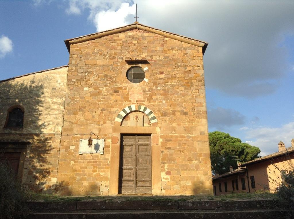 chiesa di castelfalfi