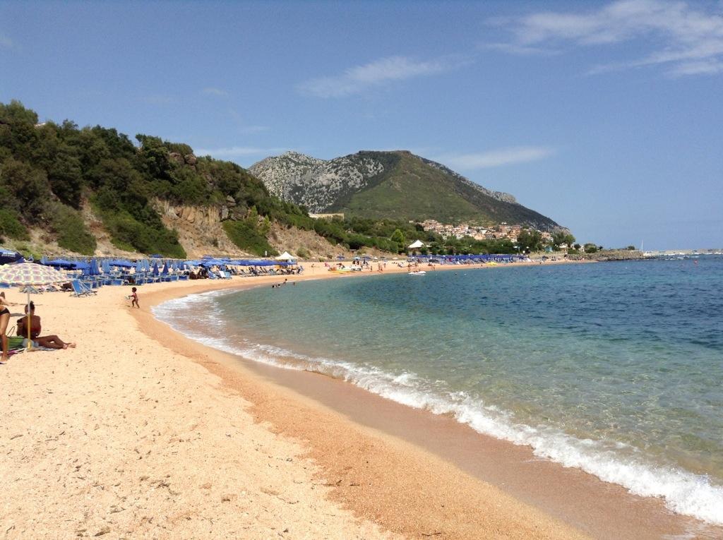spiaggia rosa di cala gonone