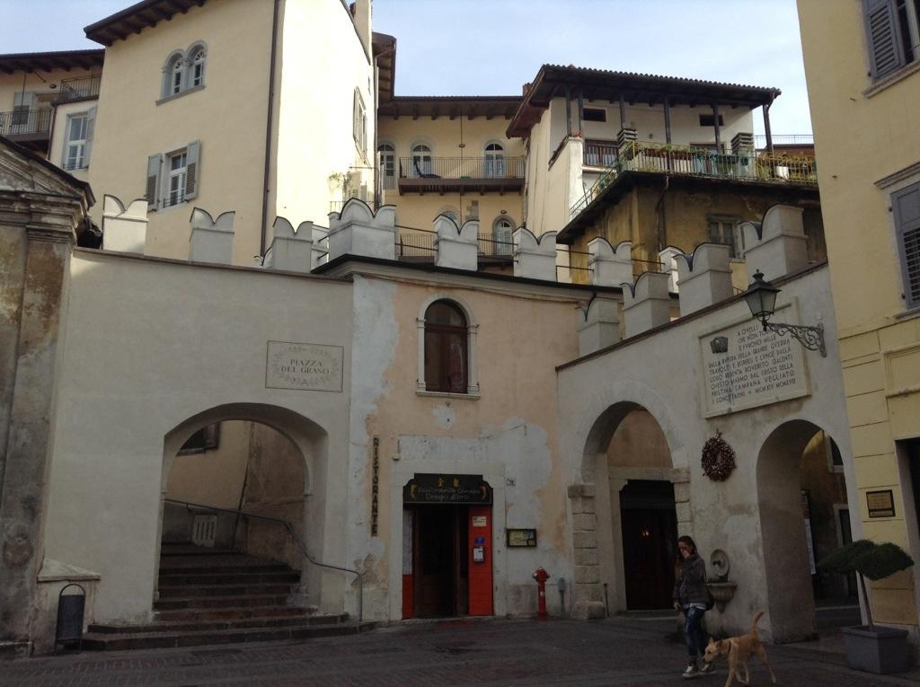 piazza del Grano a Rovereto