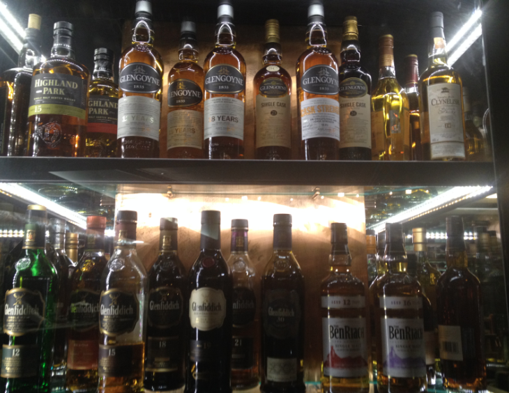 whisky bar malta