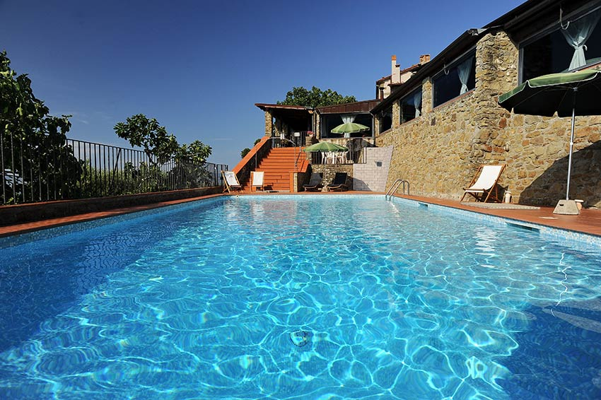 la piscina di borgo mocale