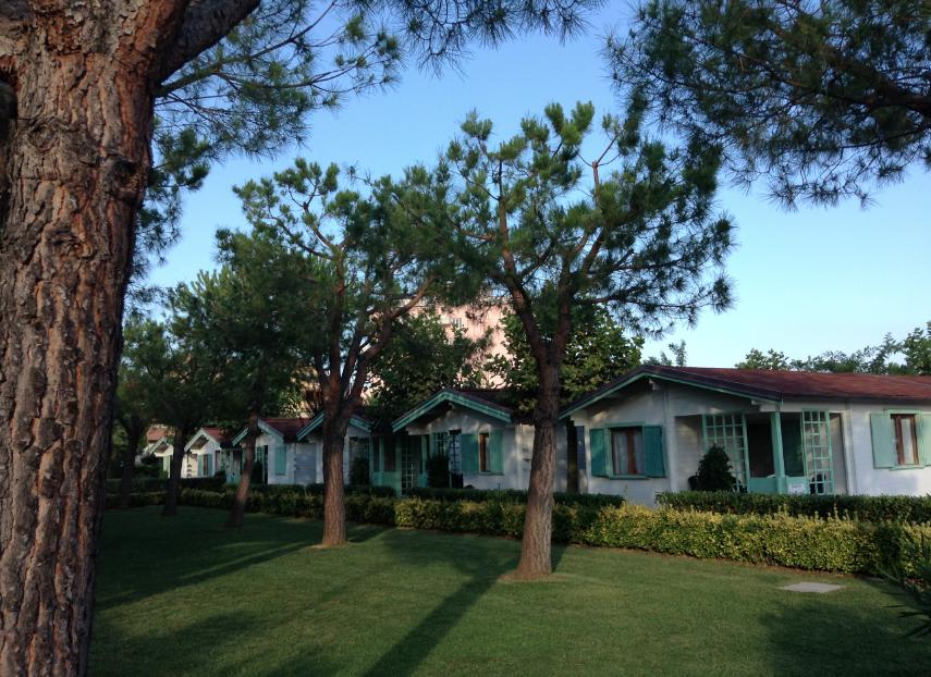 deangelis resort