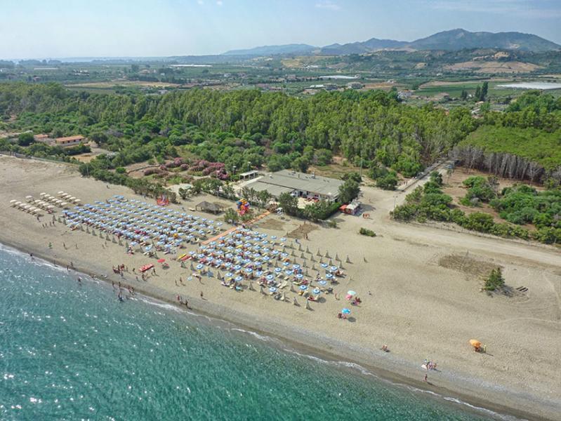 spiaggia di cariati vista dall'alto-privata villaggio vascellero