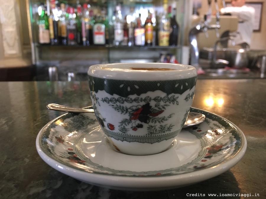 caffe-tazzina-gambrinus-napoli