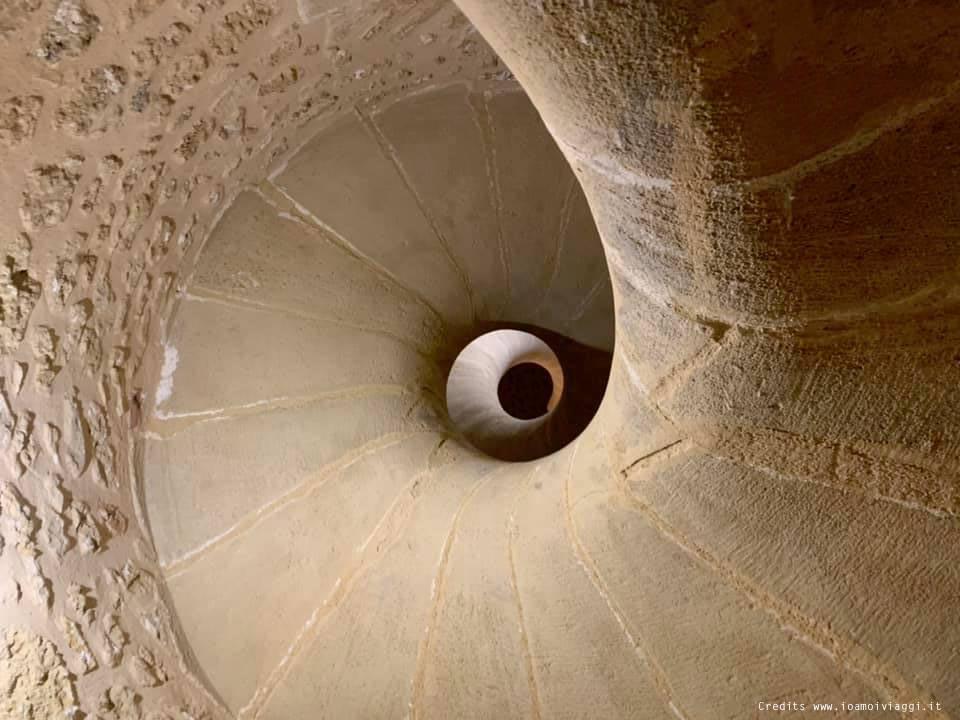 scala caracol castello normanno sicilia