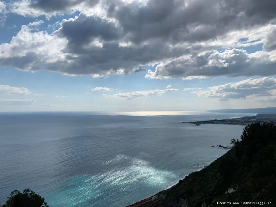 vista golfo naxos da taormina