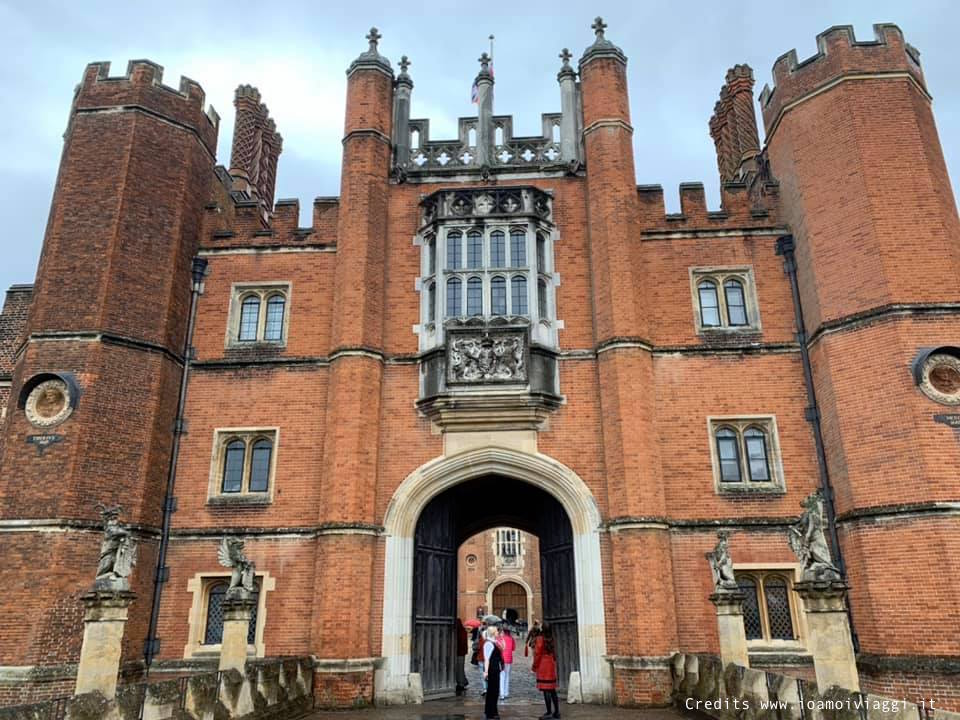 hampton court palace royal